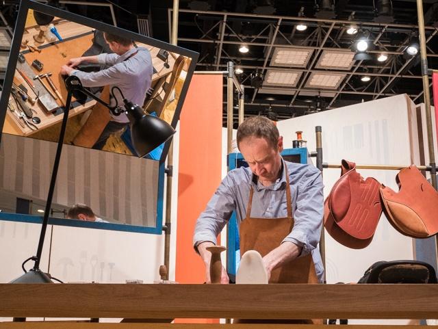 本日スタートした「エルメスのてしごと」展の、プチレポートをさっそく