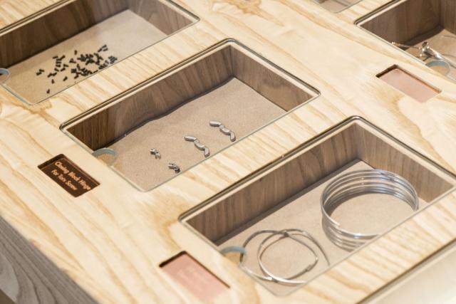 美しいパーツが個性を引き出す、日本が誇るアイウェアブランドの旗艦店。