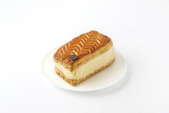 """""""GLACIEL""""のアイスクリームケーキで、 新年とバレンタインを楽しもう。"""
