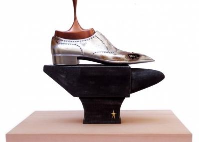 靴好き必見の5日間限定エキシビション。「ヴァシュロン・コンスタンタン銀座ブティック」に「コルテ」のアートシューズが集結!