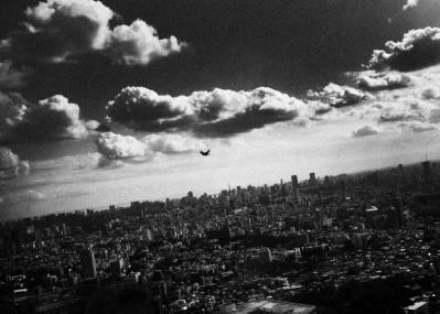 """写真家たちは、いま""""東京""""をどう切り取るのか? 東京都写真美術館で開催中の企画展が見応えあり。"""