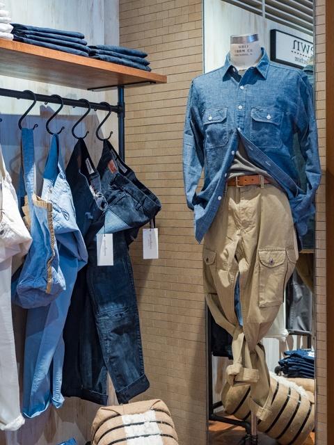 チノパンなのにディテールはジーンズ! 米国パンツブランド「グロウン&ソーン」の特別ショップが銀座と渋谷の「シップス」内に誕生。