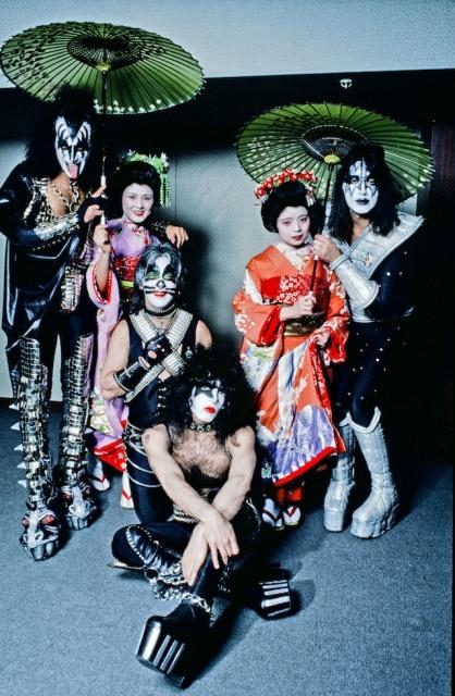 日本で初めてビートルズを撮影したのは誰? 数々のロックスターたちの相貌が蘇ります。