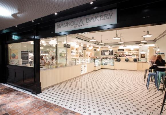 NYを象徴するスイーツ店、「マグノリアベーカリー」がついに日本に上陸!