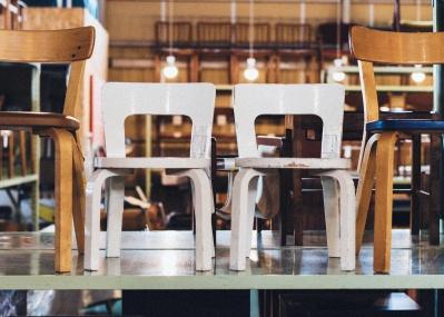倉庫で探す、北欧家具の古き良きスタンダード