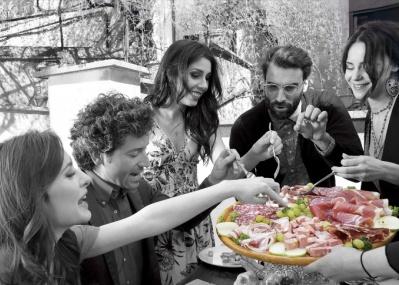 イタリアの芸術作品「サルーミ」をご存知ですか?伝統と歴史ある食肉加工品を存分に楽しもう。