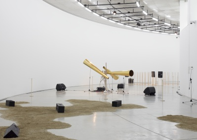 個展『作曲的|compositions:rhythm』―蓮沼執太が、表参道スパイラルの空間を奏でます。