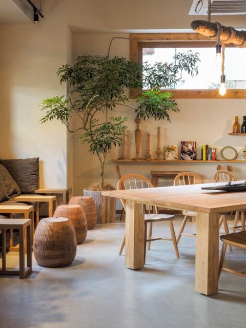 オーガニックな温もり漂う新カフェ、お酒も飲める「スターバックス」が自由が丘に本日オープン!