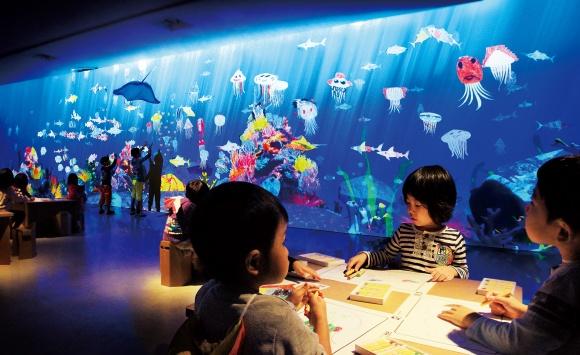 五感総動員で体験する、「チームラボ」のアート&遊園地を日本科学未来館で開催。