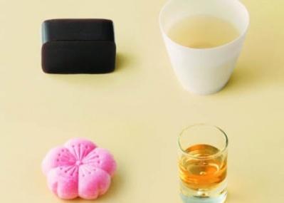 酒×和菓子。「虎屋」が魅せる企画展「和菓子で酔う」は、大人向けな特別メニューが目白押しです!